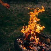 Grillunfall durch Brandbeschleuniger