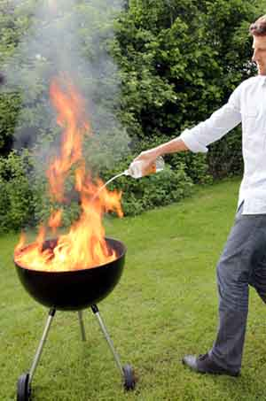 Verbrennungen durch Grillunfall