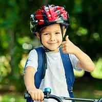 Motorrad, Fahrrad, Pedelec: Wann besteht eine Helmpflicht
