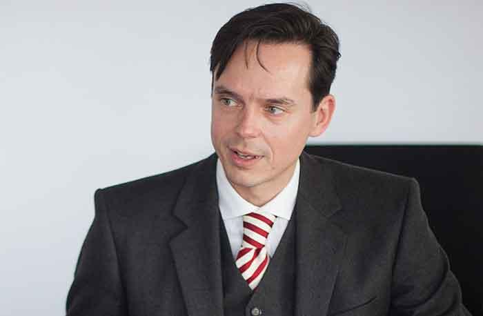 Malte Oehlschläger, Anwalt für Schlaganfallopfer