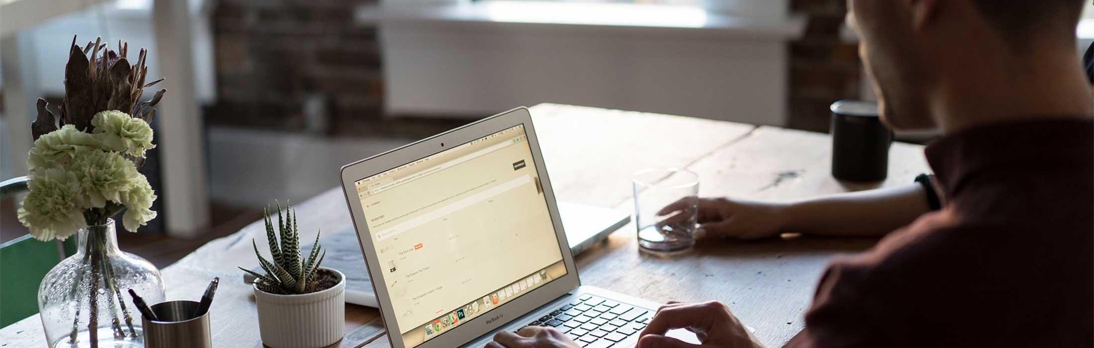 E-Mails und Zitate zufriedener Mandanten