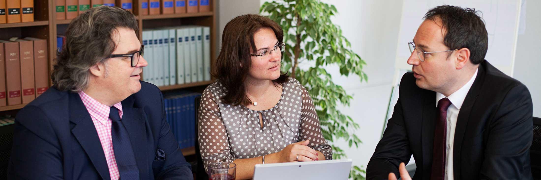 Anwaltsbüro Quirmbach & Partner, Schmerzensgeld und Schadensersatz nach Unfall oder Behandlungsfehler